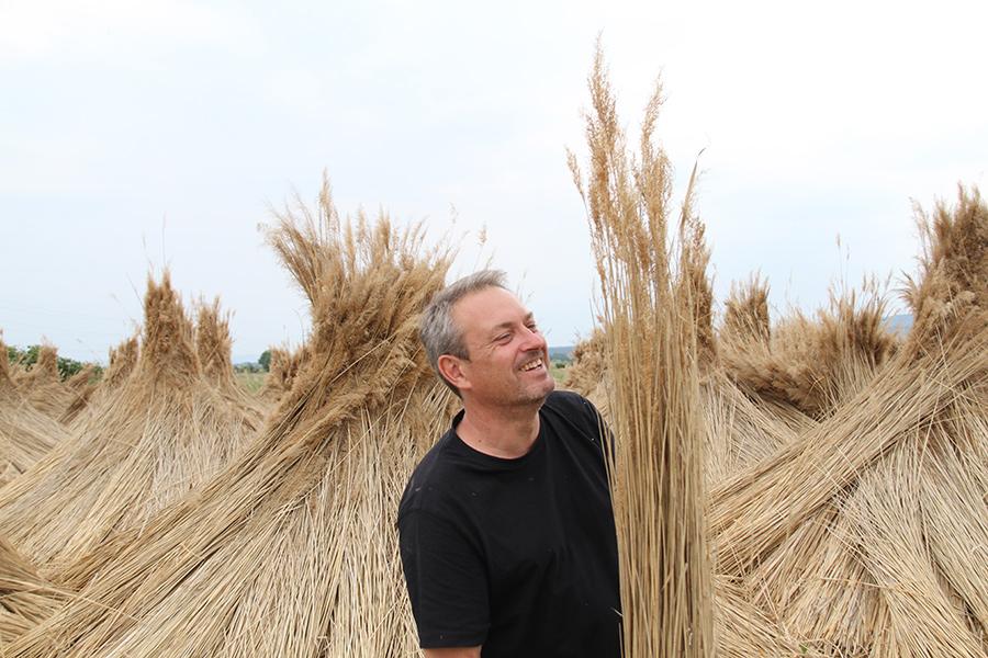 Markus Brunner mit Schilfbund